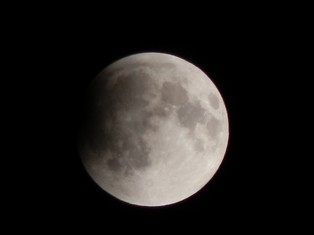 20111210 21:45eclipse of the moon
